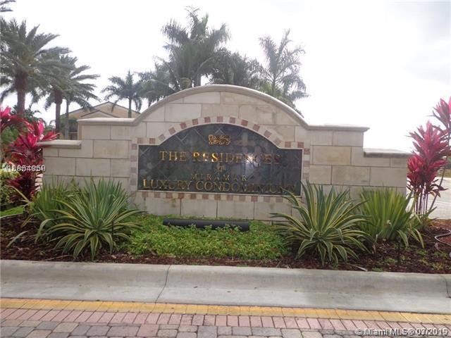 2080 W Preserve Way #102, Miramar, FL 33025 (MLS #A10706334) :: Berkshire Hathaway HomeServices EWM Realty
