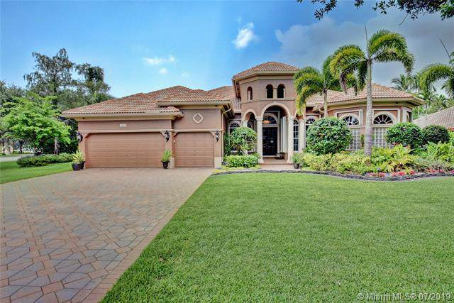 6210 NW 91st Ave, Parkland, FL 33067 (MLS #A10706340) :: GK Realty Group LLC