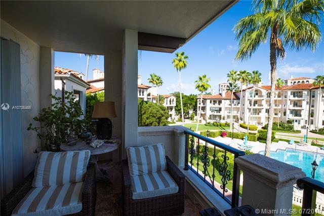 2232 Fisher Island Dr #3302, Miami Beach, FL 33109 (MLS #A10706466) :: Ray De Leon with One Sotheby's International Realty