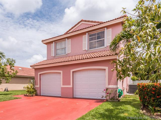 16589 NW 8th St, Pembroke Pines, FL 33028 (MLS #A10706480) :: Berkshire Hathaway HomeServices EWM Realty