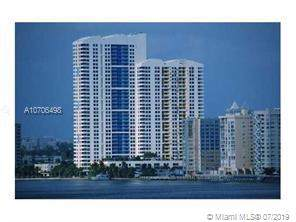 1330 West Ave #1210, Miami Beach, FL 33139 (MLS #A10706498) :: Laurie Finkelstein Reader Team