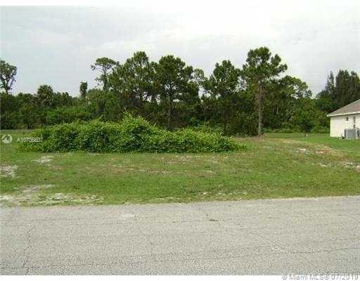 5123 NW Milner Dr, Port Saint Lucie, FL 34983 (MLS #A10706607) :: Grove Properties