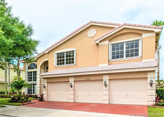 3254 SW 175th Ave, Miramar, FL 33029 (MLS #A10706689) :: Green Realty Properties