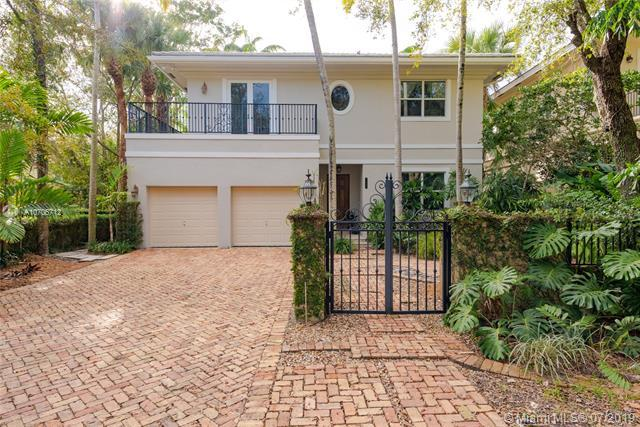7830 SW 48th Ct, Miami, FL 33143 (MLS #A10706712) :: The Maria Murdock Group