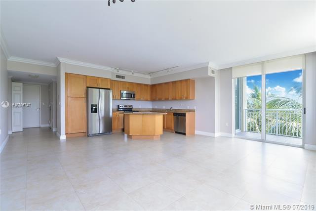 1755 E Hallandale Beach Blv 203E, Hallandale, FL 33009 (MLS #A10706742) :: Castelli Real Estate Services