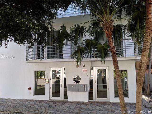 945 Michigan Ave #1, Miami Beach, FL 33139 (MLS #A10706841) :: Grove Properties