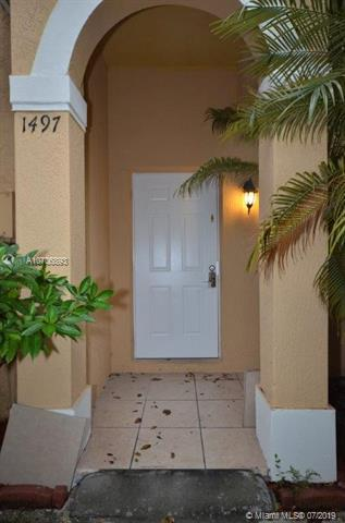 1497 SW 1st St, Homestead, FL 33030 (MLS #A10706893) :: RE/MAX Presidential Real Estate Group