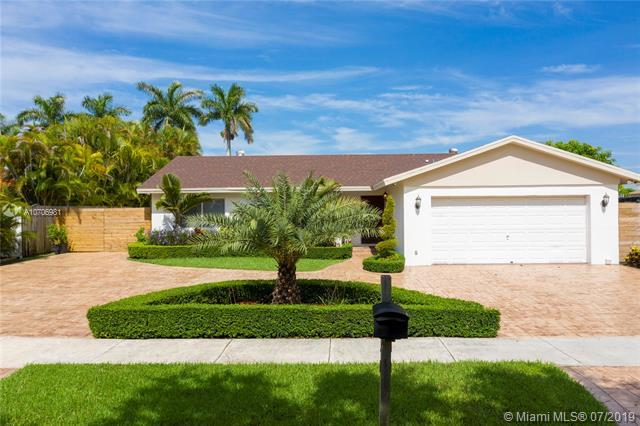4760 SW 141st Ave, Miami, FL 33175 (MLS #A10706981) :: Berkshire Hathaway HomeServices EWM Realty