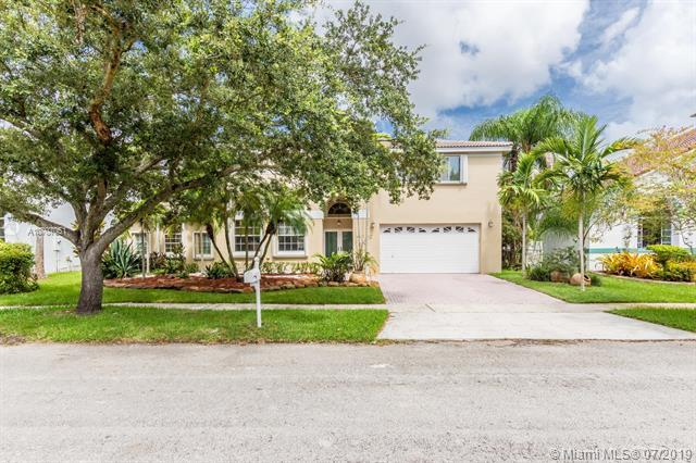 1110 NW 179th Ave, Pembroke Pines, FL 33029 (MLS #A10707051) :: The Teri Arbogast Team at Keller Williams Partners SW