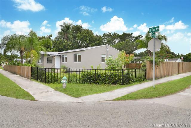 920 N 26th Ave, Hollywood, FL 33020 (MLS #A10707052) :: Berkshire Hathaway HomeServices EWM Realty