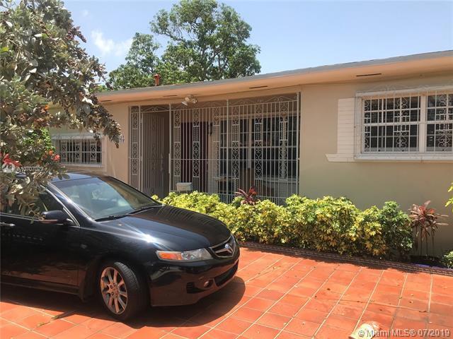 2365 SW 2nd St, Miami, FL 33135 (MLS #A10707079) :: Grove Properties