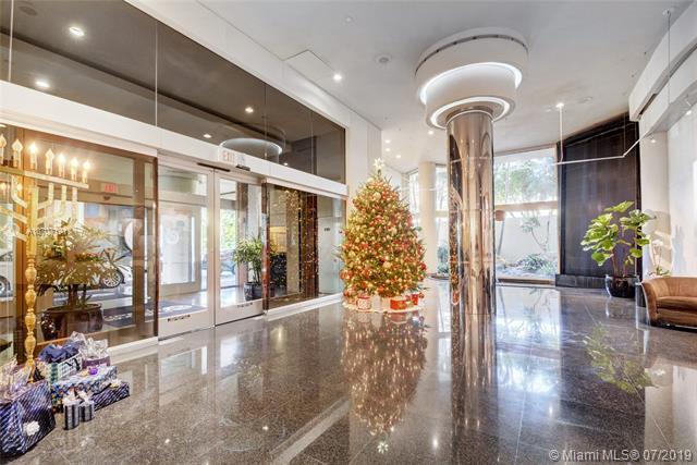 20191 E Country Club Dr #1501, Aventura, FL 33180 (MLS #A10707191) :: Berkshire Hathaway HomeServices EWM Realty
