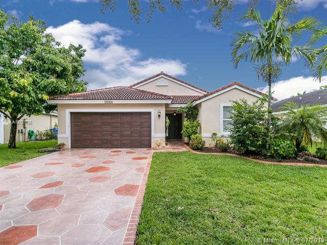 19461 NW 24th Pl, Pembroke Pines, FL 33029 (MLS #A10707192) :: The Teri Arbogast Team at Keller Williams Partners SW
