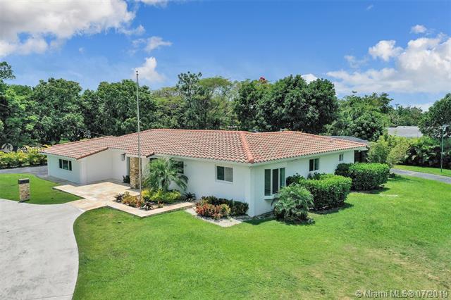 9100 SW 174th St, Palmetto Bay, FL 33157 (MLS #A10707193) :: Grove Properties