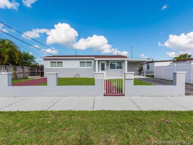 3250 W 11th Ave, Hialeah, FL 33012 (MLS #A10707196) :: The Paiz Group