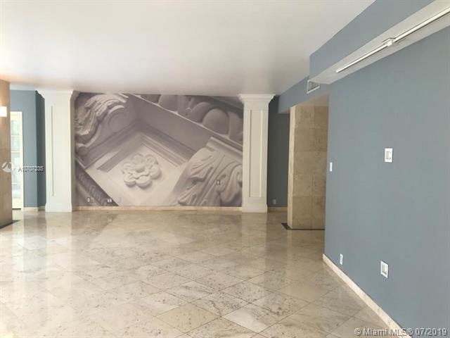 181 Crandon Bl #202, Key Biscayne, FL 33149 (MLS #A10707235) :: Grove Properties