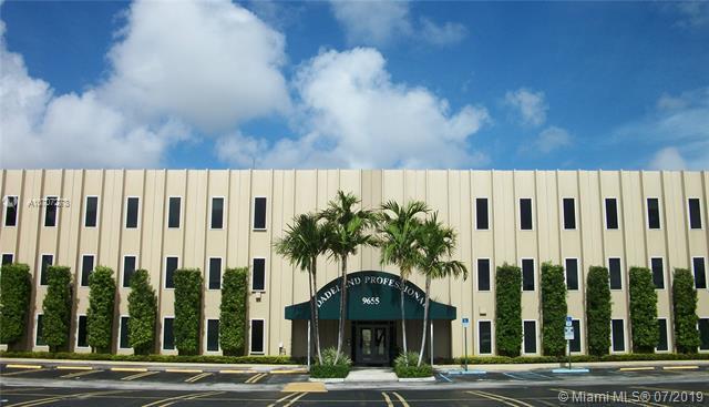 Pinecrest, FL 33156 :: Grove Properties