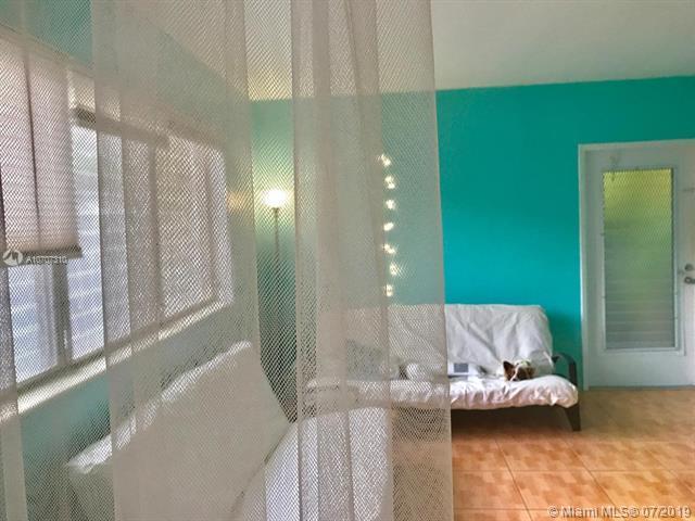 8132 Harding Ave #7, Miami Beach, FL 33141 (MLS #A10707310) :: Grove Properties