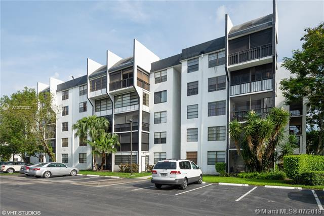 6190 Woodlands Blvd #307, Tamarac, FL 33319 (MLS #A10707337) :: Green Realty Properties