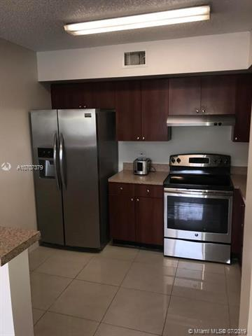 3640 N 56th Ave #414, Hollywood, FL 33021 (MLS #A10707379) :: Grove Properties