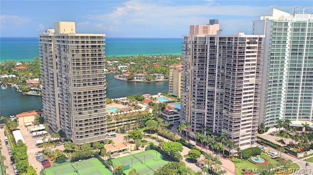 20191 E Country Club Dr #811, Aventura, FL 33180 (MLS #A10707391) :: Berkshire Hathaway HomeServices EWM Realty