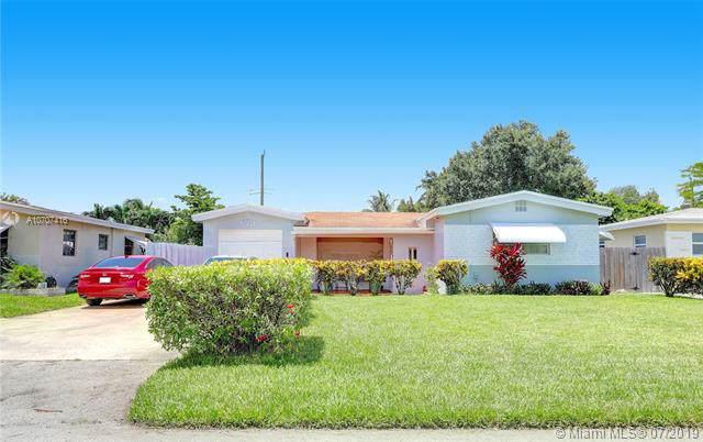 6951 Sw 11 Street, Pembroke Pines, FL 33023 (MLS #A10707416) :: The Rose Harris Group