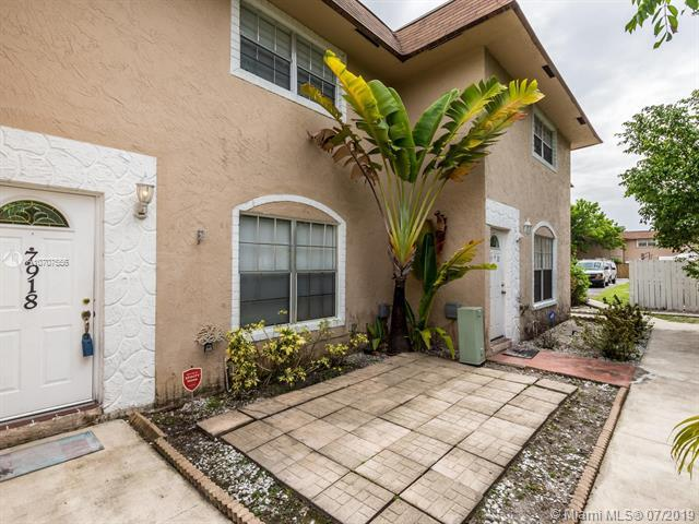 7918 Kimberly Blvd #304, North Lauderdale, FL 33068 (MLS #A10707556) :: Green Realty Properties