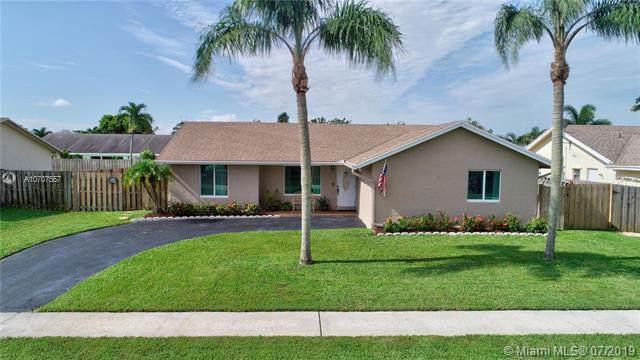 9705 Richmond Cir, Boca Raton, FL 33434 (MLS #A10707557) :: Grove Properties