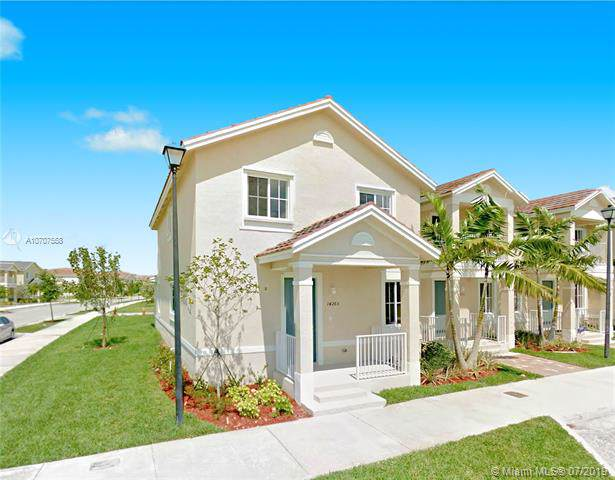 14265 SW 274th Way #14265, Homestead, FL 33032 (MLS #A10707558) :: The Teri Arbogast Team at Keller Williams Partners SW