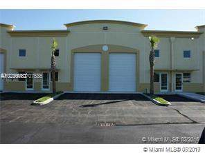 201 SW 2nd Ave #101, Florida City, FL 33034 (MLS #A10707586) :: Berkshire Hathaway HomeServices EWM Realty