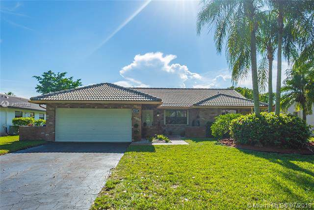 1288 NW 111th Ave, Coral Springs, FL 33071 (MLS #A10707730) :: The Teri Arbogast Team at Keller Williams Partners SW