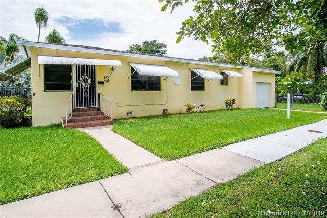 3040 Calusa St, Miami, FL 33133 (MLS #A10707751) :: The Teri Arbogast Team at Keller Williams Partners SW