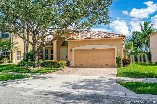 16536 Turquoise Trl, Weston, FL 33331 (MLS #A10707765) :: The Teri Arbogast Team at Keller Williams Partners SW