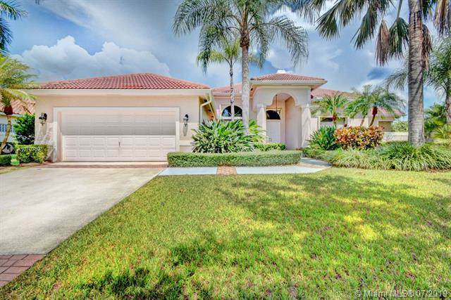 2990 Wentworth, Weston, FL 33332 (MLS #A10707891) :: The Teri Arbogast Team at Keller Williams Partners SW