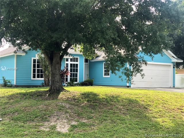 1474 SE Navajo Ln, Port Saint Lucie, FL 34983 (MLS #A10708026) :: Grove Properties