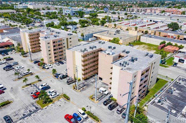 6060 W 21st Ct #306, Hialeah, FL 33016 (MLS #A10708048) :: Berkshire Hathaway HomeServices EWM Realty