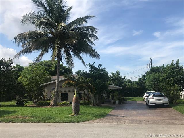 1350 NE 200th Ter, Miami, FL 33179 (MLS #A10708055) :: The Riley Smith Group