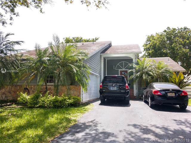 15026 SW 141st Pl, Miami, FL 33186 (MLS #A10708134) :: The Jack Coden Group