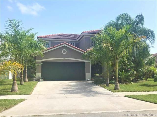 9045 SW 213th St, Cutler Bay, FL 33189 (MLS #A10708151) :: Grove Properties