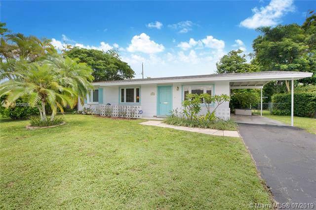 9950 SW 161st St, Miami, FL 33157 (MLS #A10708165) :: Prestige Realty Group