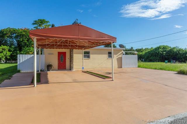 11950 SW 215th St, Miami, FL 33177 (MLS #A10708177) :: Berkshire Hathaway HomeServices EWM Realty