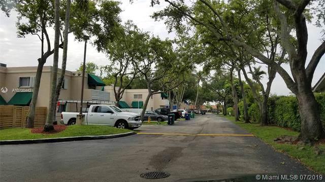 14390 SW 98th Ter, Miami, FL 33186 (MLS #A10708442) :: The Paiz Group