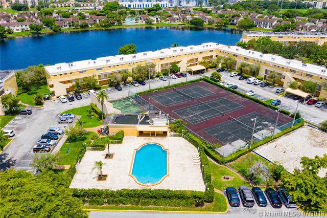 9363 Fontainebleau Blvd H206, Miami, FL 33172 (MLS #A10708505) :: Ray De Leon with One Sotheby's International Realty
