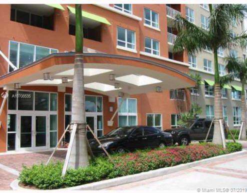 2000 N Bayshore Dr #405, Miami, FL 33137 (MLS #A10708535) :: The Jack Coden Group