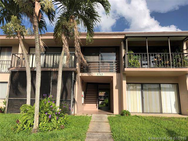 5765 Washington St E22, Hollywood, FL 33023 (MLS #A10708594) :: Grove Properties