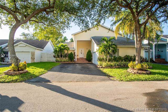 14033 SW 149th Ln, Miami, FL 33186 (MLS #A10708631) :: The Jack Coden Group