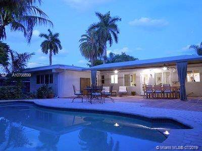 2225 NW 5th Ave, Wilton Manors, FL 33311 (MLS #A10708699) :: Grove Properties
