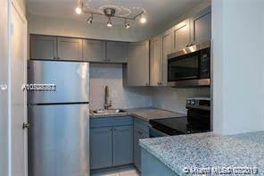 Palmetto Bay, FL 33176 :: Berkshire Hathaway HomeServices EWM Realty