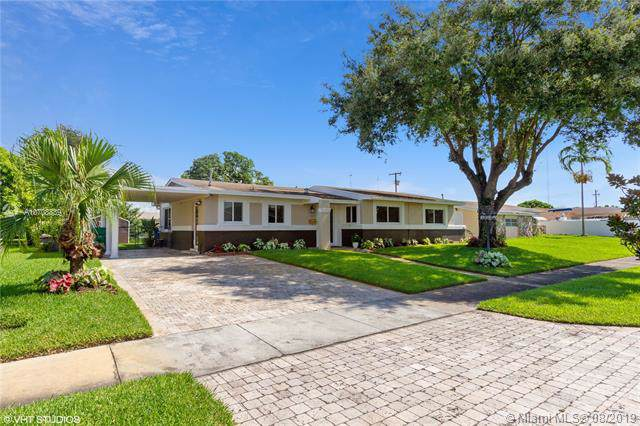 1265 NW 196th Ter, Miami Gardens, FL 33169 (MLS #A10708839) :: Lucido Global