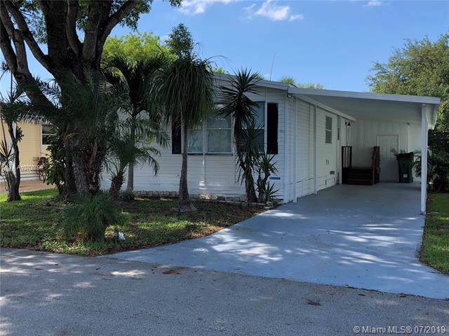 13031 SW 9 CT, Davie, FL 33325 (MLS #A10708899) :: United Realty Group
